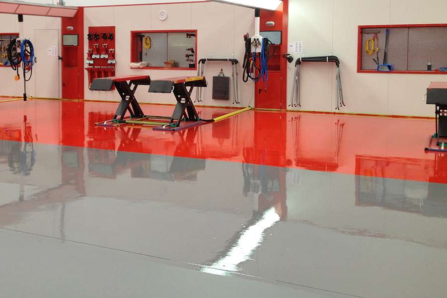 Fortis_Polyaspartic_floor_coating-workshop-garage.jpg